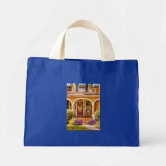 House - Visiting Grandma Bag