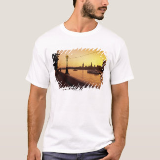 Houses of Parliament at Sunset T-Shirt