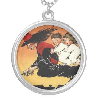 How Halloweeny Vintage Art Necklace
