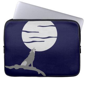 Howling at Moon Sleeve