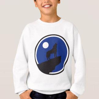 howling wolf barking RK the moon Sweatshirt
