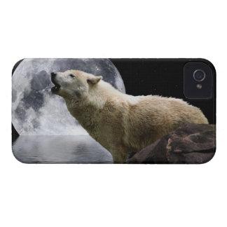 Howling Wolf Moon Wild Animal Blackberry Case