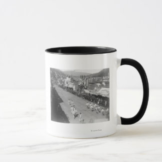 Hub-and-Hub Hose Team Race Photograph Mug