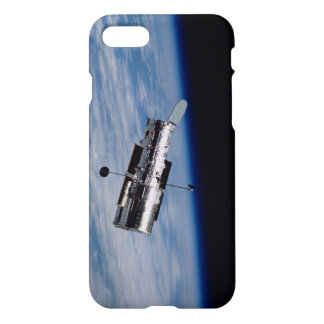 Hubble and Earth iPhone 7 Case