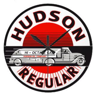 Hudson Regular Gasoline vintage sign clock