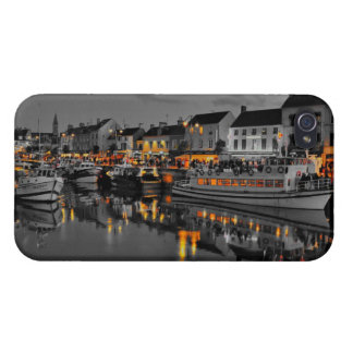 HULL IPHONE4 PORT IN TWILIGHT 2 CASES FOR iPhone 4