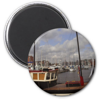 Hull Marina Boats 6 Cm Round Magnet
