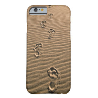 Human footprints on sandy beach barely there iPhone 6 case