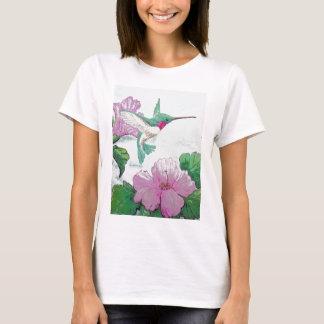 Humming bird wild pink flower hibiscus T-Shirt
