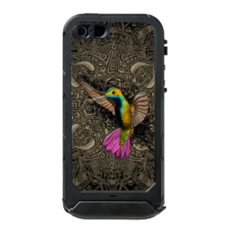 Hummingbird in Flight Incipio ATLAS ID™ iPhone 5 Case
