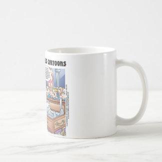 Humpty Dumptys Funeral Funny Cartoon Gifts & Tees Mug