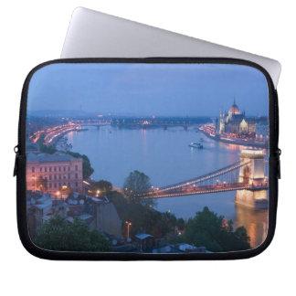 HUNGARY, Budapest: Szechenyi (Chain) Bridge, 2 Laptop Sleeve