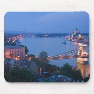 HUNGARY, Budapest: Szechenyi (Chain) Bridge, 2 Mouse Mat