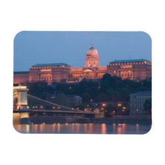 HUNGARY, Budapest: Szechenyi (Chain) Bridge, Magnet