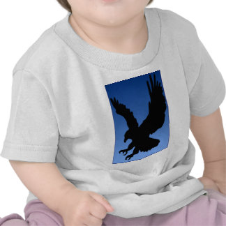 Hunting Eagle on Blue T-shirts