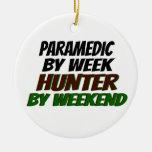 Hunting Paramedic Round Ceramic Decoration