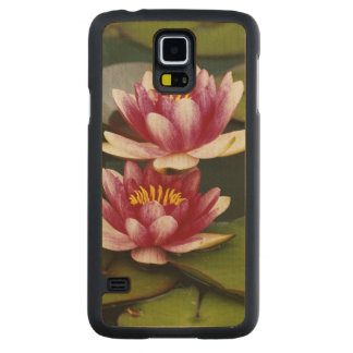 Hybrid water lilies carved maple galaxy s5 case