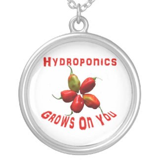 Hydroponics Grows On You habanero star Round Pendant Necklace