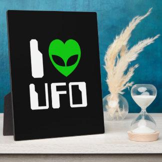 I Alien Heart UFO Plaque