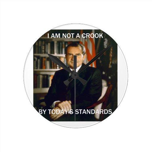 i am not a crook round wall clock