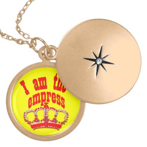 I am your queen pendant