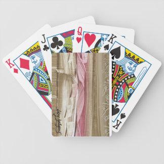 I baralho feminine with modern art poker deck