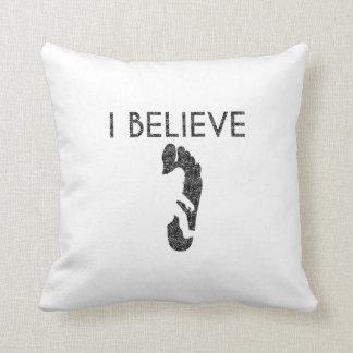 I Believe (Distressed) Cushion