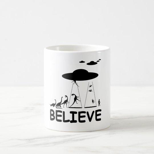 I believe in aliens coffee mug