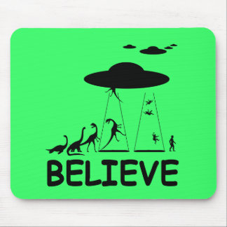 I believe in aliens mouse mat