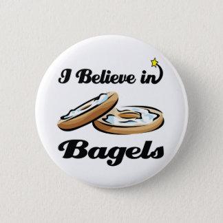 i believe in bagels 6 cm round badge