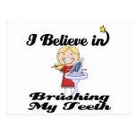 i believe in brushing my teeth girl