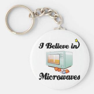 i believe in microwaves keychain