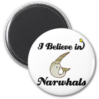 i believe in narwhals 6 cm round magnet