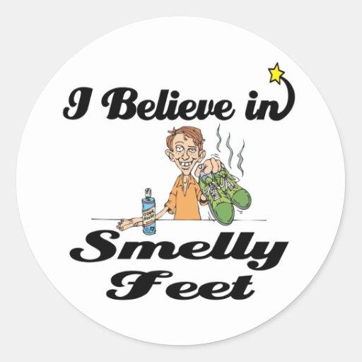 i believe in smelly feet round sticker