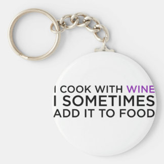 I COOK WITH WINE BASIC ROUND BUTTON KEY RING