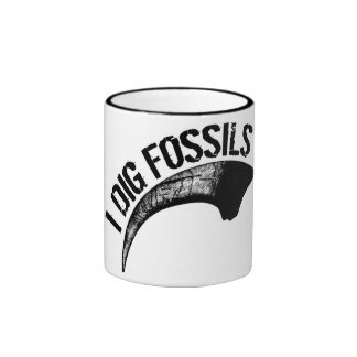 I DIG FOSSILS Claw Ringer Mug