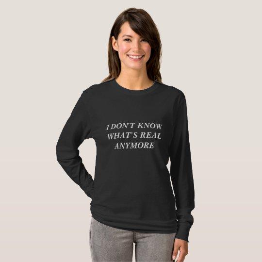 """""""I don't know'' Basic Long Sleeve T-Shirt"""