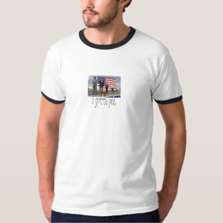 i gotta pee T-Shirt