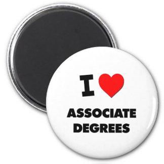 I Heart Associate Degrees 6 Cm Round Magnet