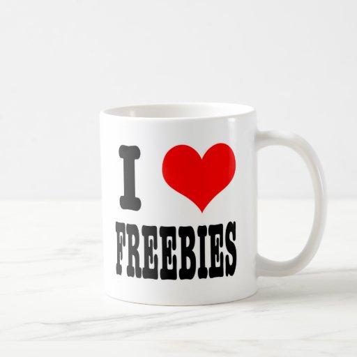 I HEART (LOVE) FREEBIES MUG