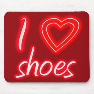 I heart shoes mouse pad