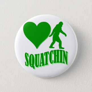 I heart squatchin 6 cm round badge