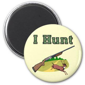 I Hunt 6 Cm Round Magnet