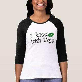 I Kiss Irish Boys Tee Shirts