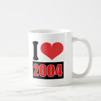 I love 2004 - Mugs