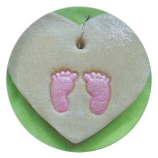 I love baby feet plate