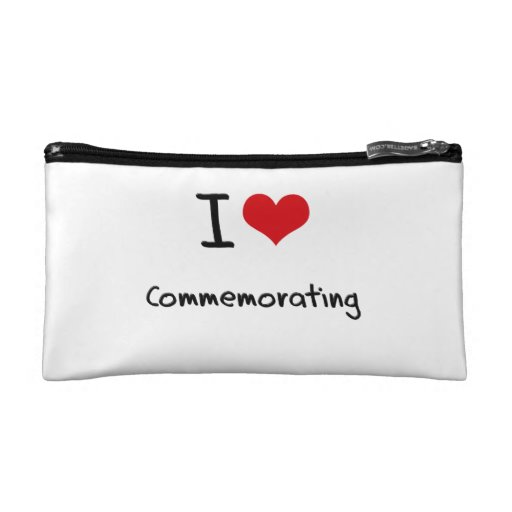 I love Commemorating Cosmetic Bags