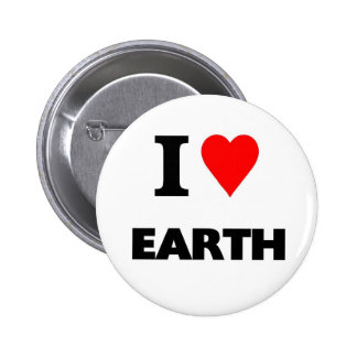 I love earth 6 cm round badge