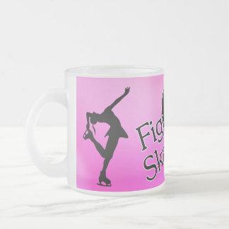 I love figure skating, heart & pink background mug