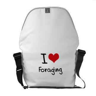 I Love Foraging Courier Bag